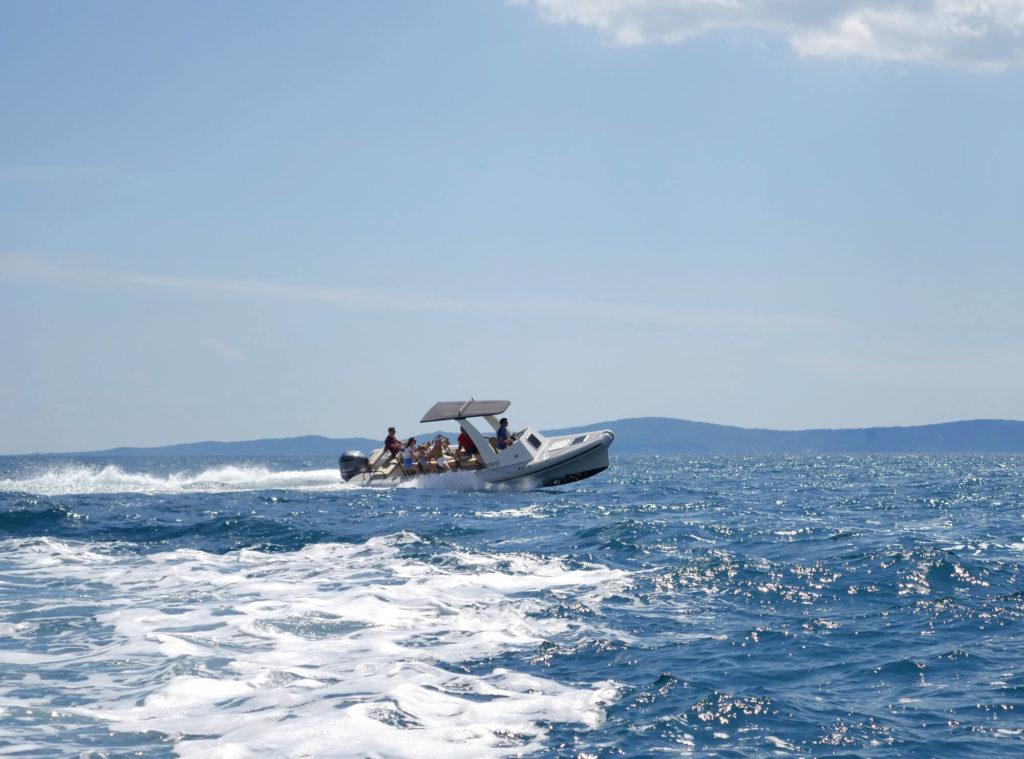 speedboat-tours_02